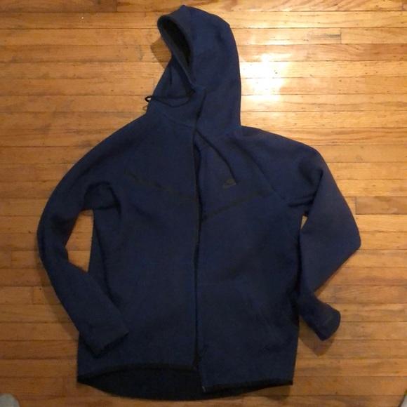 Nike tech fleece hoodie L